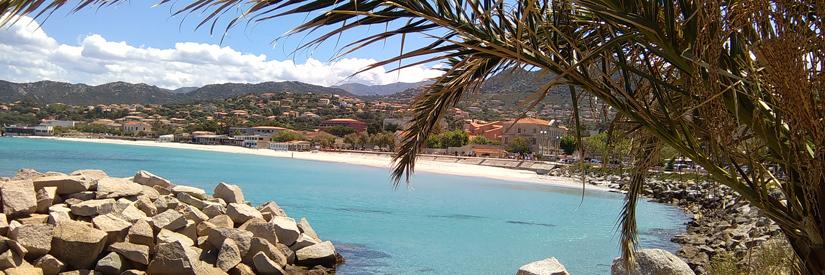 stranden-yogarejse-Korsika